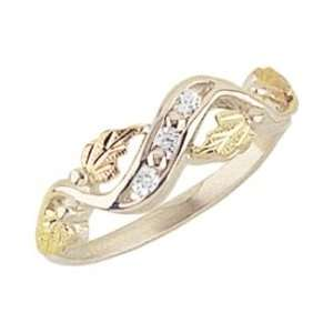 Beautiful! Sterling silver Yellow gold Black Hills Gold Women