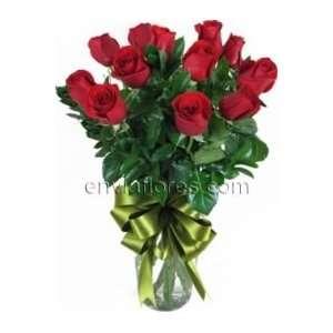 Arreglo De 12 Rosas Rojas En Jarrón De Cristal  Grocery