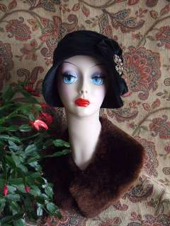 VINTAGE STYLE SOFT BLACK VELVET CLOCHE HAT 1920s 1930s