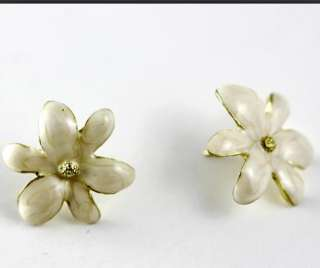 Chic Fashion Gold Tone Glaze Flower Ear Stud Earrings