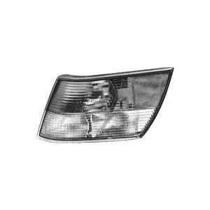 HELLA 005263051 Saab 900 Driver Side Replacement Parking/Turn Signal