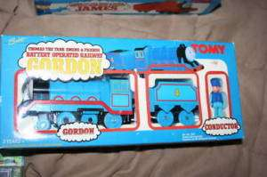 vintage TOMY~BATT. POWER GORDON & man~THOMAS train set