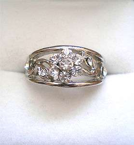 BEAUTIFUL SILVER TONE CRYSTAL FLOWER RING SIZE 6, 7, 8, 9