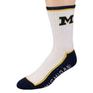 com Michigan Wolverines White Navy Blue Crew Socks Sports & Outdoors