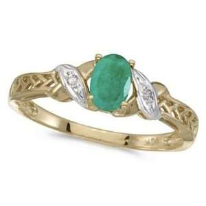 Emerald and Diamond Antique Style Ring in 14K Yellow Gold