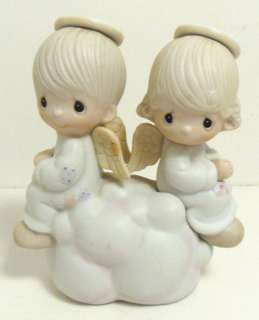 PRECIOUS MOMENTS FIGURINE   BUT LOVE GOES ON FOREVER |