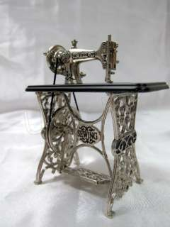 Quality Of Miniature Die Cast Sewing Machine For Doll House