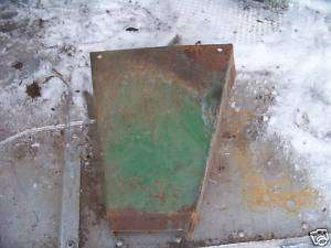 John Deere 4020 hydraulic lever cover