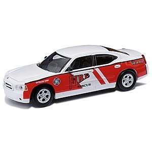 HO 2006 Dodge Charger, Fire Chief/White and Red Toys