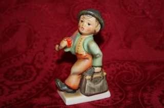 Hummel Goebel MK 2 #11 Merry Wanderer Figurine 4 INches Excellen