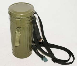 GERMAN GAS MASK CANISTER CONTAINER AND STRAP  31378