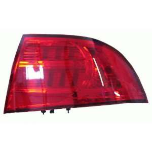 2004 2005 ACURA TL LAMPS   REAR: Automotive