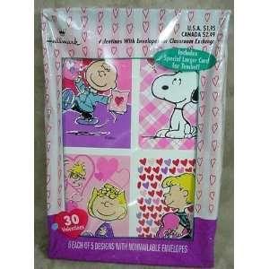 Hallmark Peanuts Gang Charlie Brown & Snoopy Box of 30
