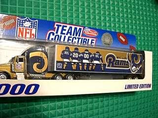 ST LOUIS RAMS TRACTOR TRAILER TRUCK 2000 MIB NFL 1:80