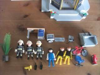 PLAYMOBIL FIRE STATION HEAD QUARTERS 3175 EXTRAS BOXED RARE HUGE LOT