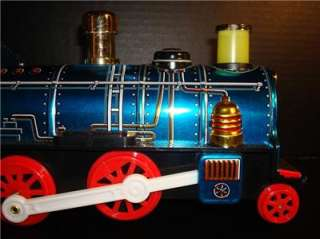 VINTAGE MODERN TOYS BATTERY OPERATED CONTINENTAL BLUE LOCOMOTIVE/W