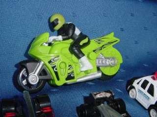 Huge Lot of 35 toys CARS TRUCKS die cast Hot Wheels TONKA Matchbox see
